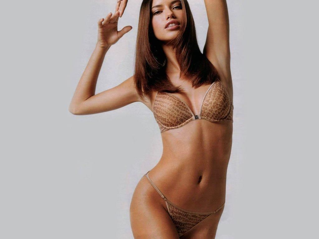 Adriana Lima Pictures, Adriana Lima Wallpapers, Adriana Lima Photos, Adriana Lima images, Adriana Lima Free Pictures, Adriana Lima Stock Images