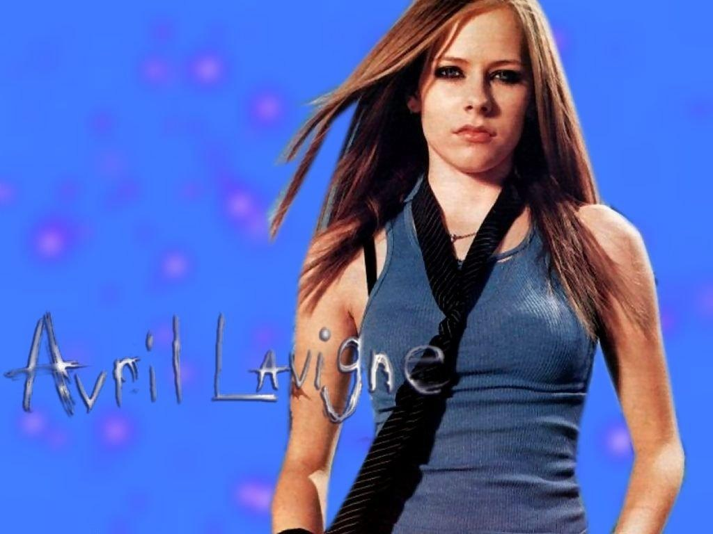 Avril Lavigne Lovely Wallpaper