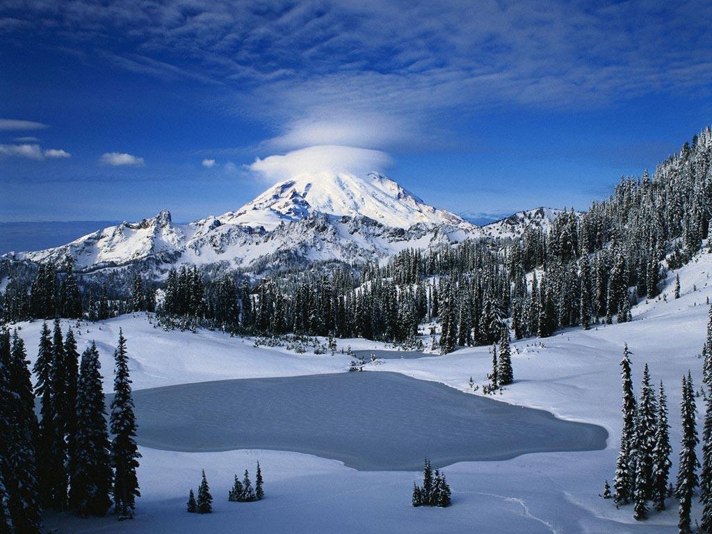 montagnes-enneige