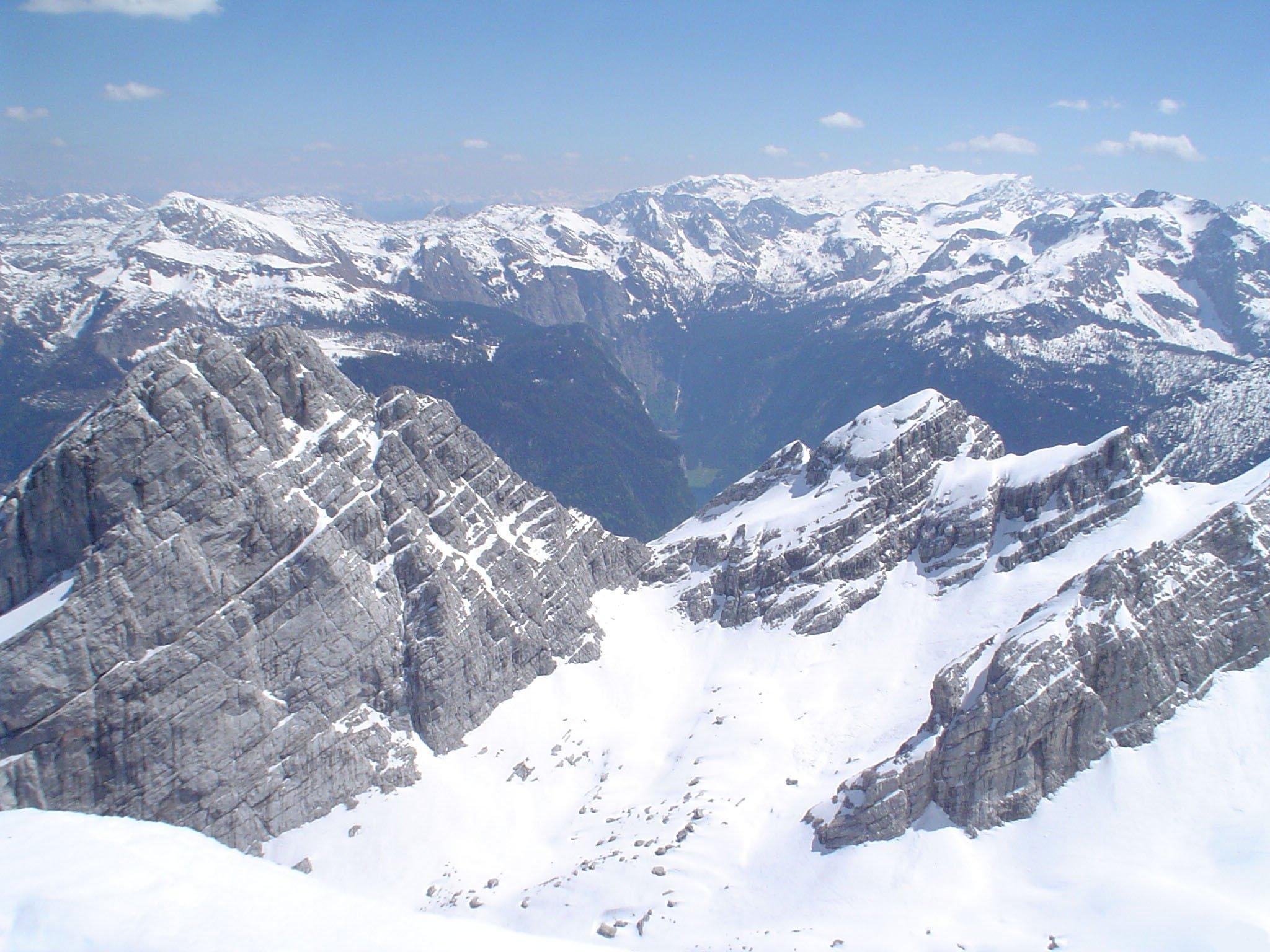 T l charger fonds d 39 cran montagne enneig e gratuitement for Fond ecran montagne