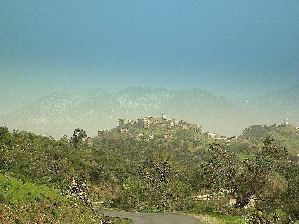 Image Alg 233 Rie Kabylie Village At Yenni