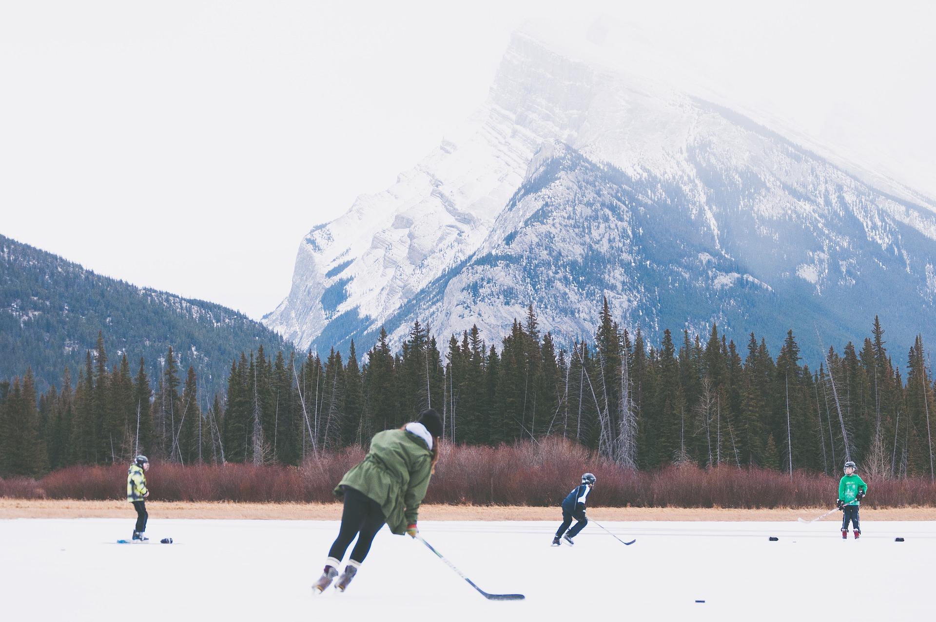 Hockey sur glace en extérieur